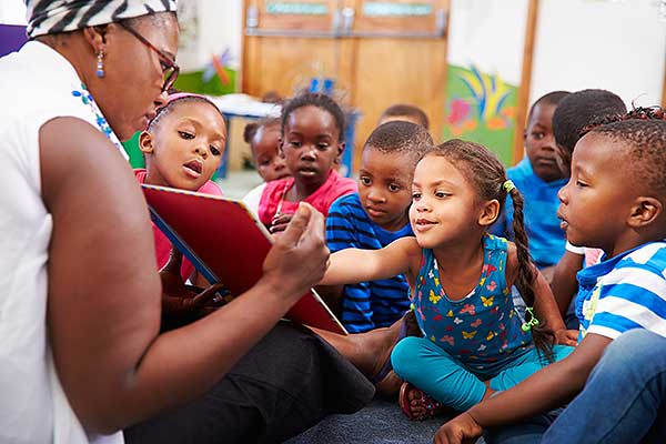 Reading with Children | Early Learning in Jacksonville